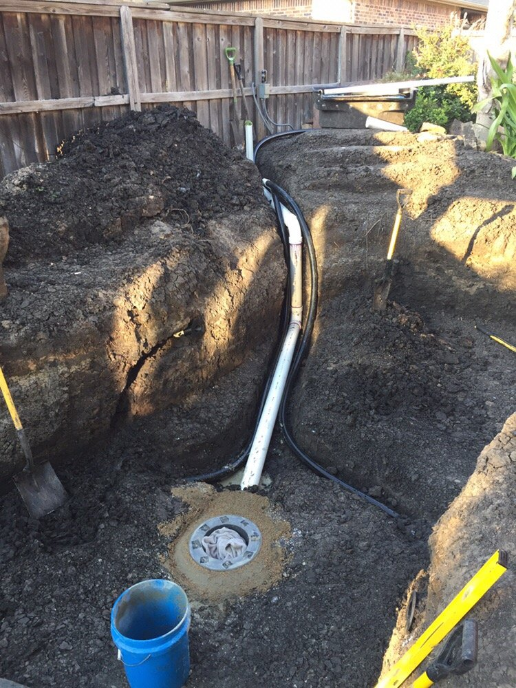 3000 gallon pond concrete set bottom drain and 4 plumbing for Koi pond return jets