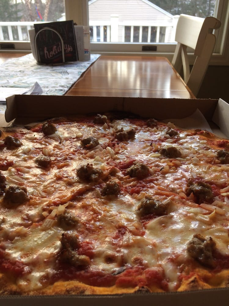 Toscana Pizza: 83 W Allendale Ave, Allendale, NJ