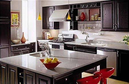 Ideal Kitchens Home Improvement: 838 Grattan St, Chicopee, MA