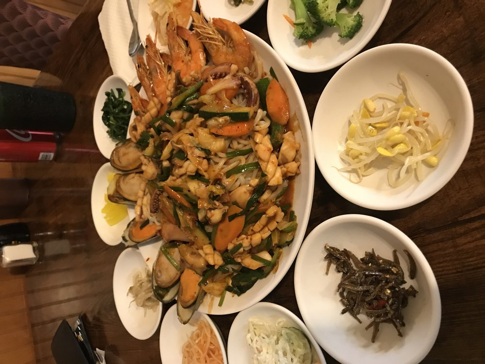 Arirang Korean Restaurant: 1943 Decker Blvd, Columbia, SC