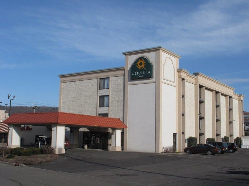 La Quinta Inn Binghamton Johnson City 10 Photos 16 Reviews Hotels 581 Harry L Dr Ny Phone Number Yelp