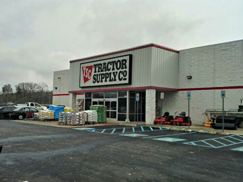 Tractor Supply Factory : Tractor supply company shopping wawa ln white