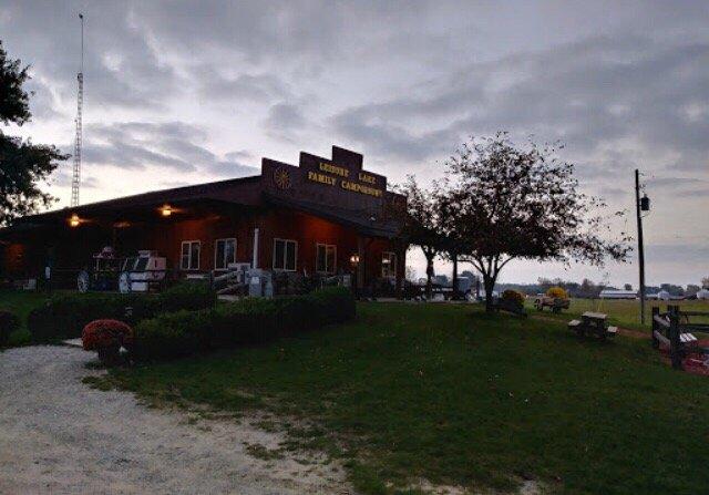 Leisure Lake Family Campground: 505 S Warner Rd, Sumner, MI