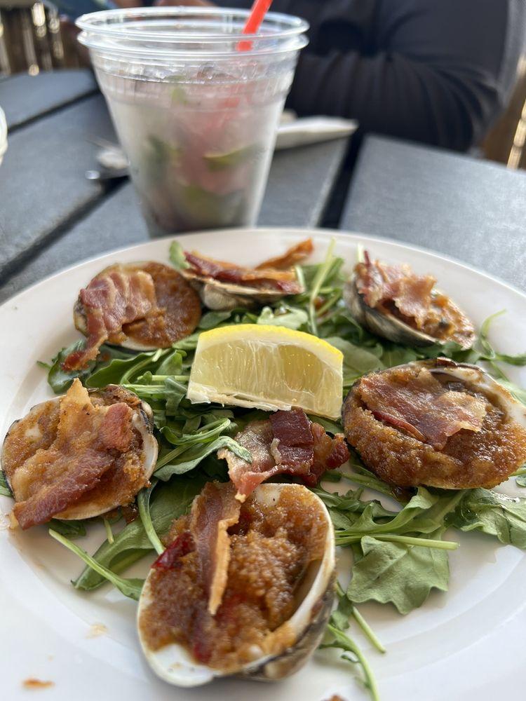 Sun Harbor Seafood & Grill: 451 E Bay Ave, Barnegat, NJ
