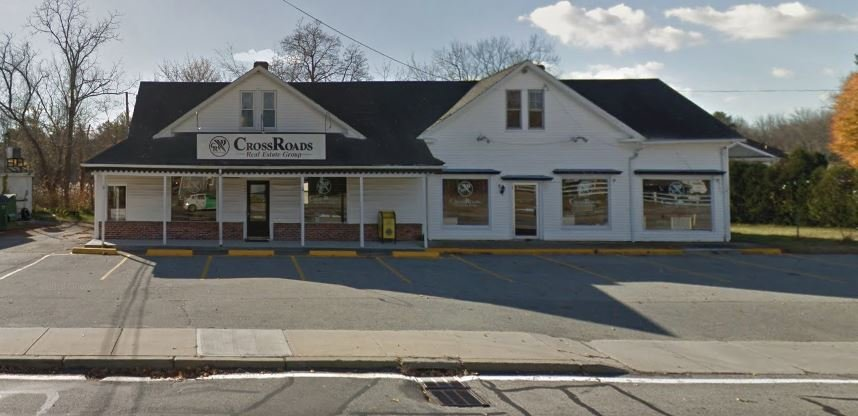 CrossRoads Real Estate Group: 1202 Putnam Pike, Chepachet, RI