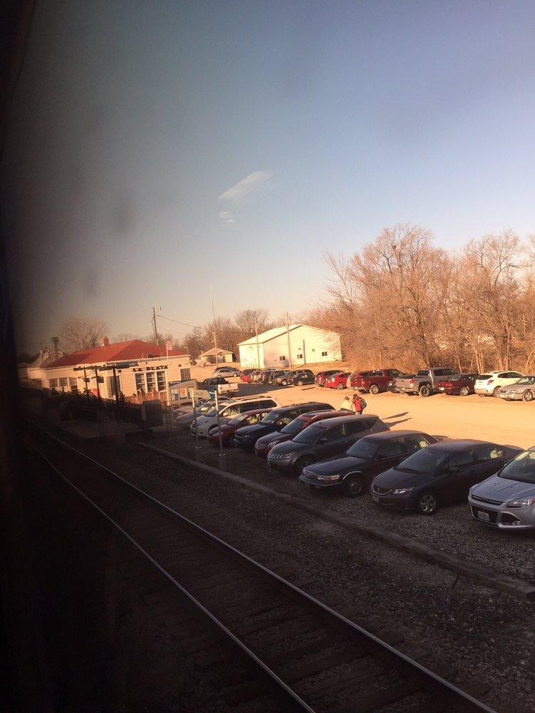 La Plata Amtrak Station: 535 N Owensby St, La Plata, MO