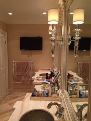 Nina\'s Kitchen Bath & Hardware 11988 Wilshire Blvd Los ...