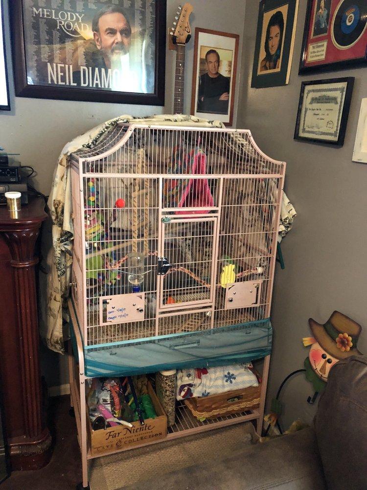 Sugarcreek Bird Farm: 108 S Main St, Bellbrook, OH