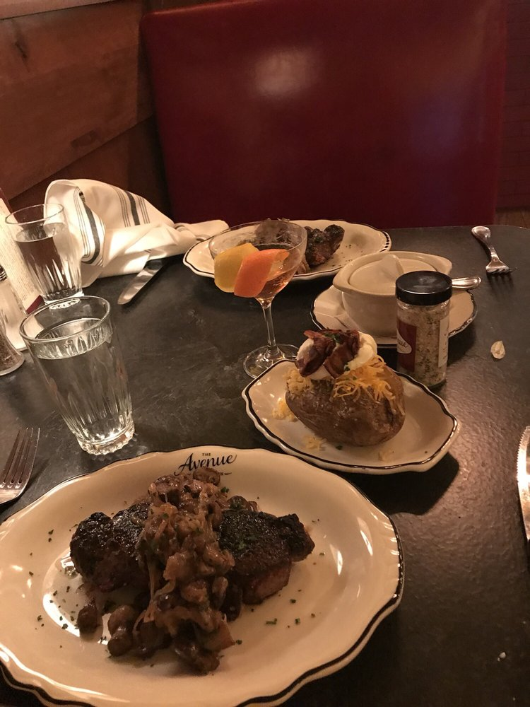 The Avenue Steak Tavern: 1307 Grandview Ave, Grandview Heights, OH