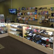 Cloud 9 Smoke & Vape - 10983 Magnolia Ave, Riverside, CA