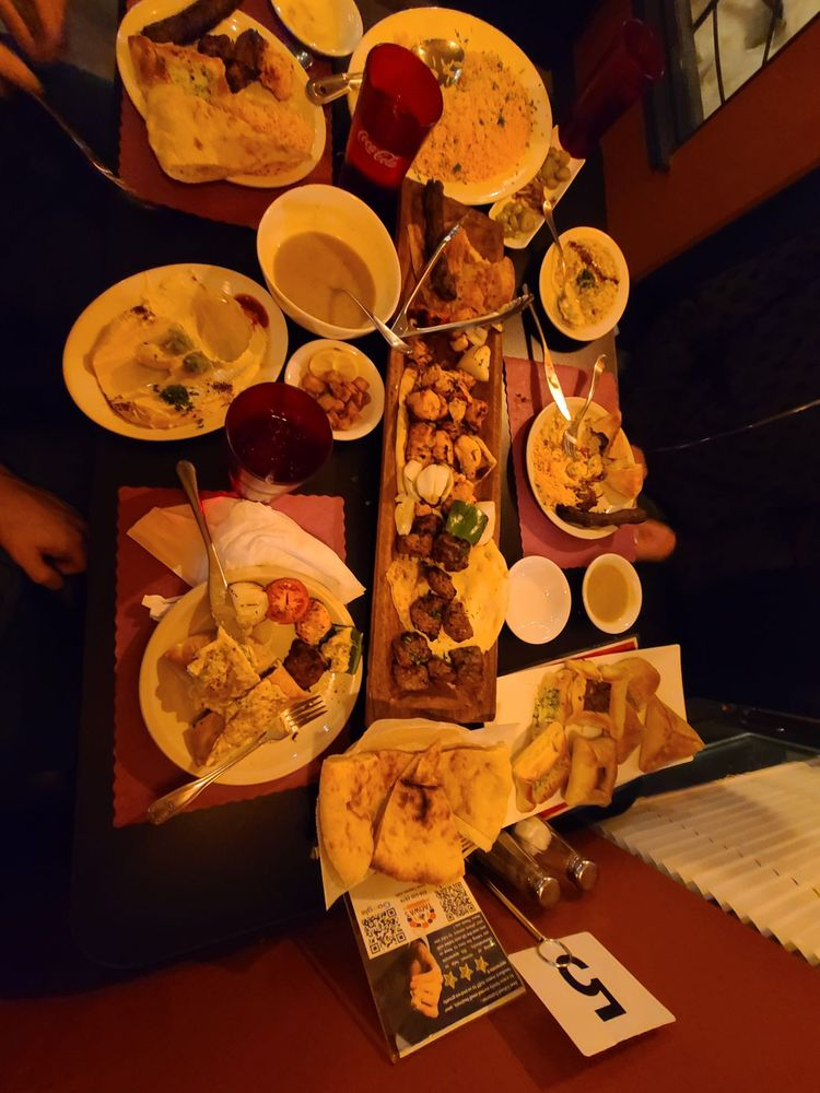 Taqwa's Bakery & Restaurant: 4651 S 27th St, Greenfield, WI