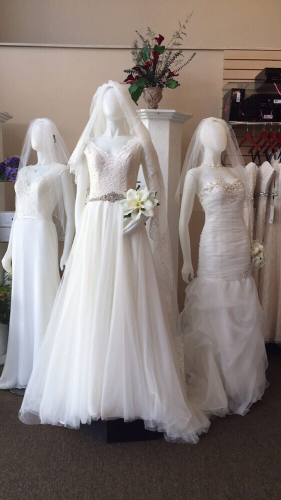Elegant designs allure romance bridal dress yelp for Wedding dress shops in sacramento