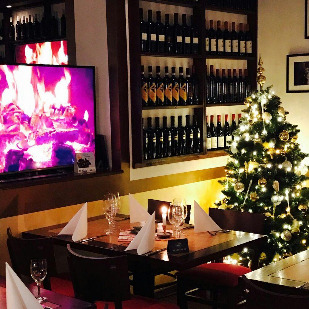weihnachtszeit im la cantina rosso italiener in berlin charlottenburg wilmersdor f. Black Bedroom Furniture Sets. Home Design Ideas
