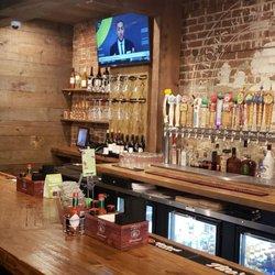 Our Moms Restaurant Bar 145 Photos 135 Reviews Bars 205 E