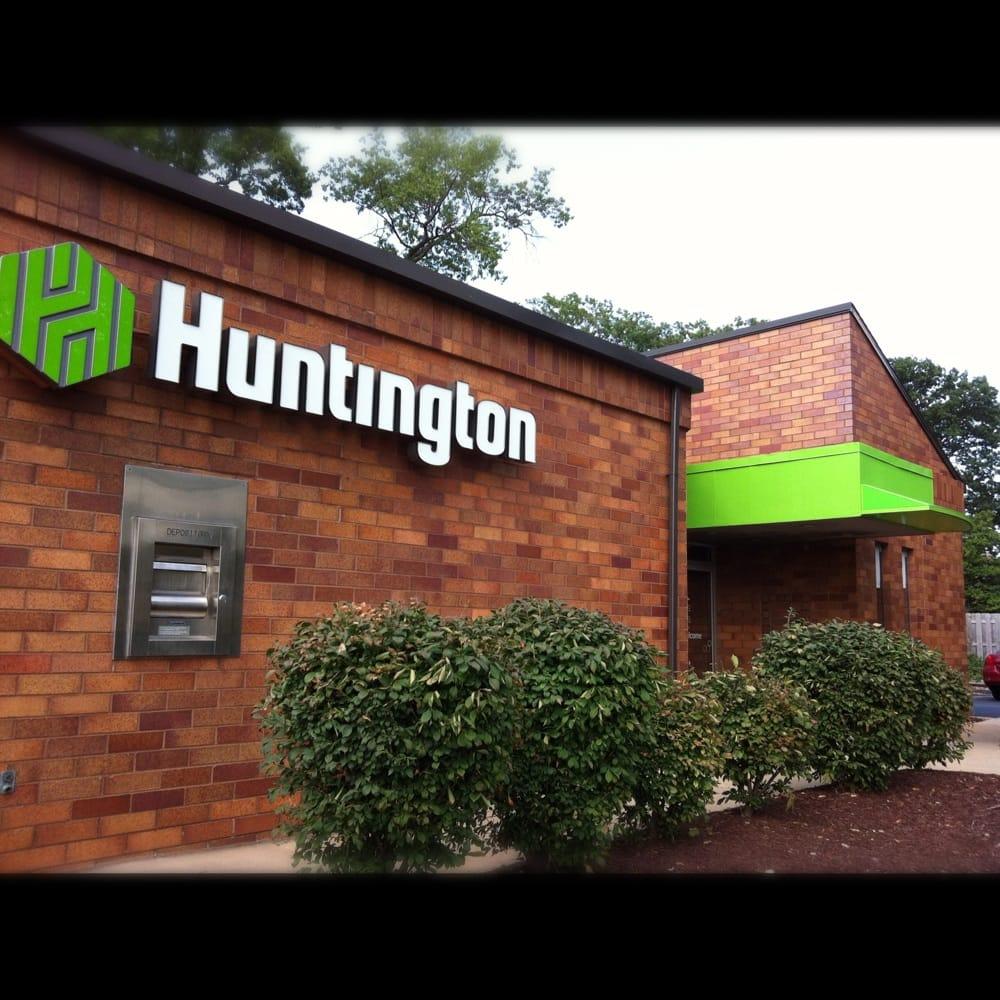 Huntington National Bank: 355 Dover Center Rd, Bay Village, OH