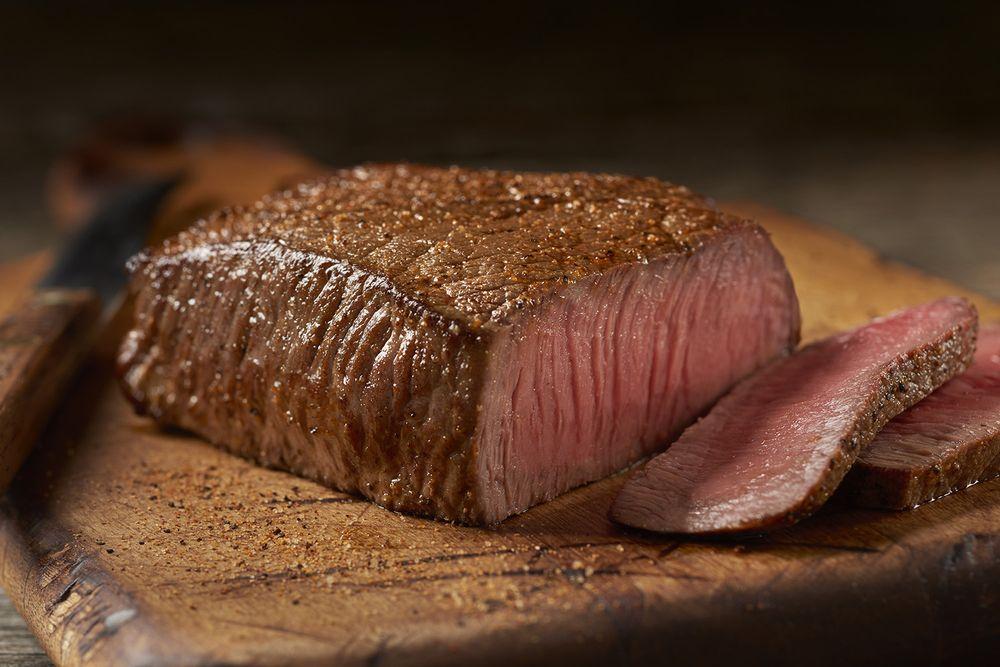 Outback Steakhouse: 1476 N Azusa Ave, Covina, CA