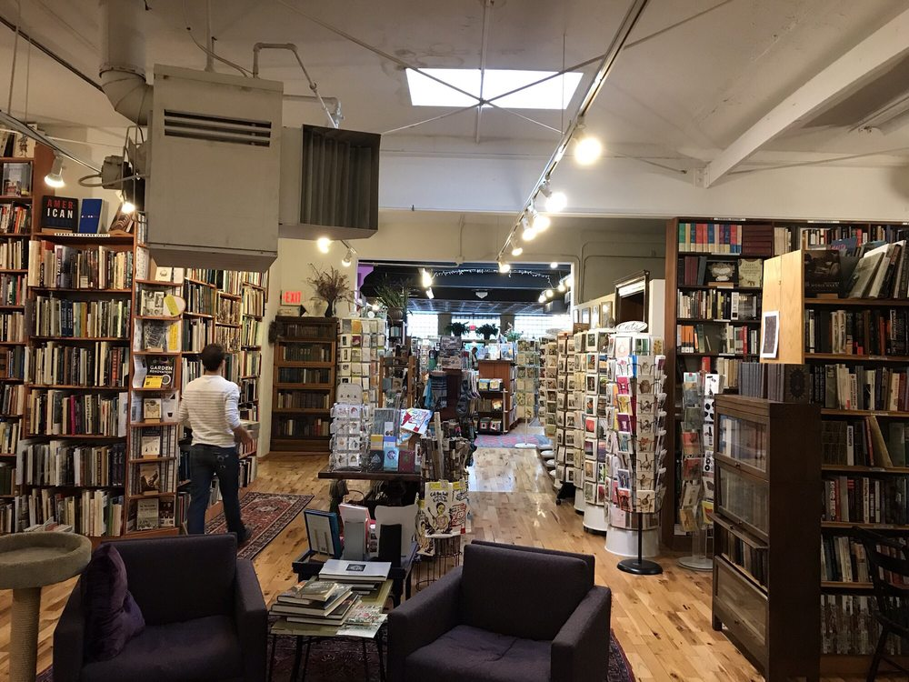 Loganberry Books: 13015 Larchmere Blvd, Shaker Heights, OH