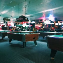 Ball Sports Bar Billiards Photos Pool Halls Morse - Pool table movers columbus ohio