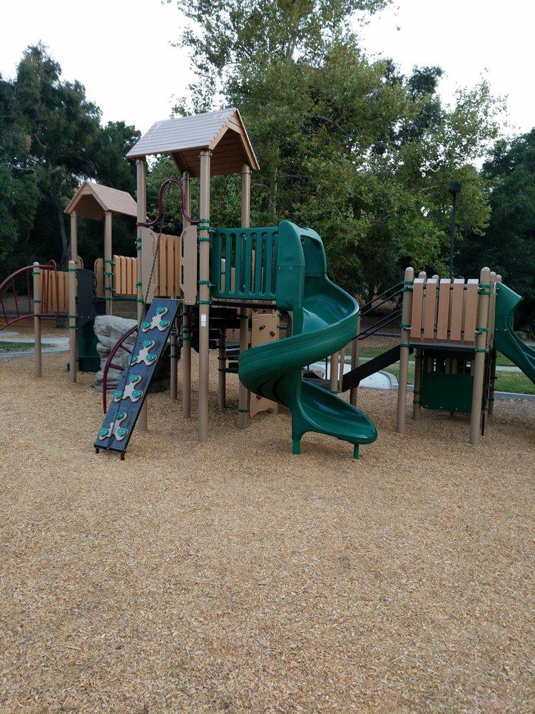 Three Springs Park: 3000 Three Springs Dr, Westlake Village, CA