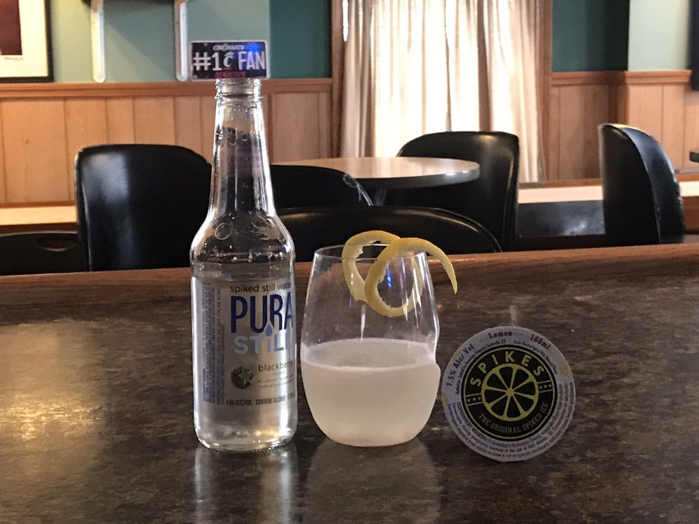 Augie's Tavern: 201 Walnut St, Cincinnati, OH