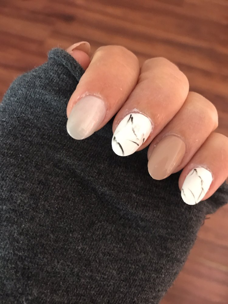 Diva Nails & Spa - 111 Photos & 78 Reviews - Nail Salons - 8005 ...