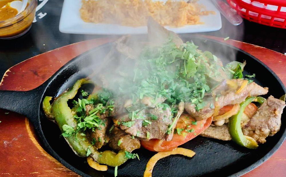 Food from Taqueria Brenda Lee