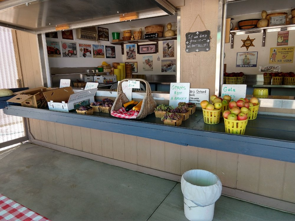 Whalley's Orchard: 36275 87th St E, Littlerock, CA