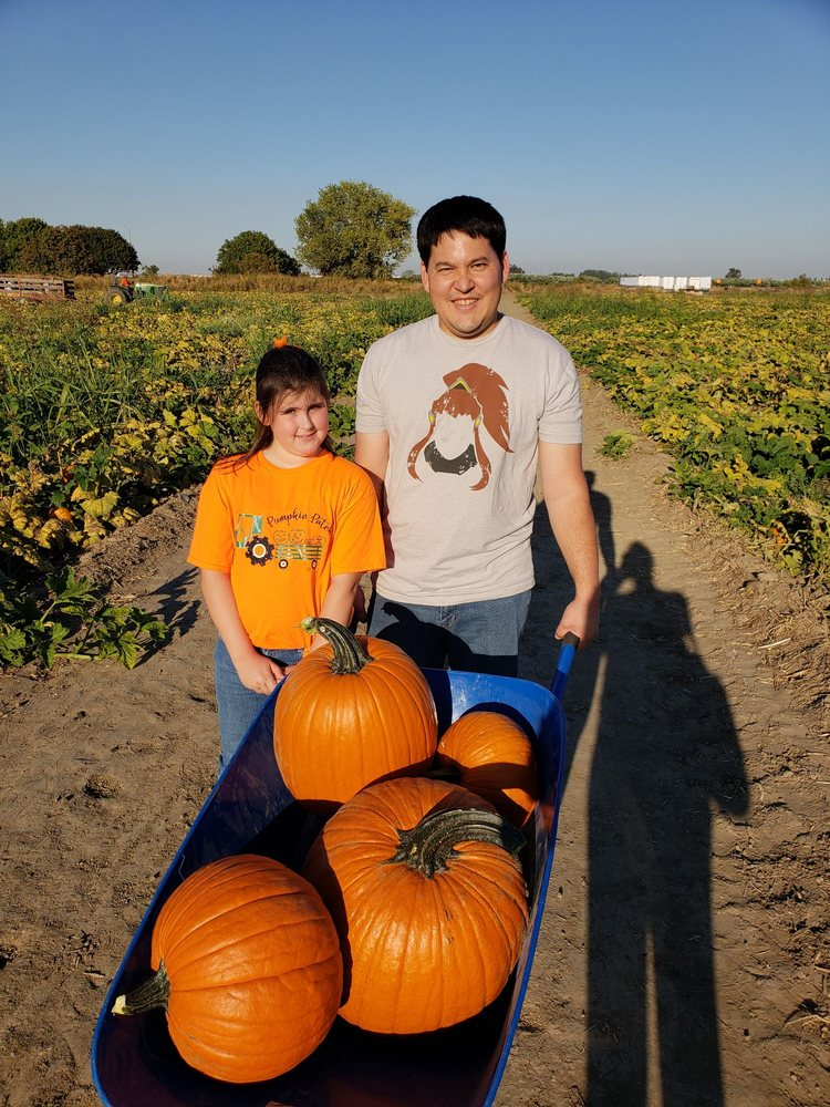 Uncle Ray & Uncle Ron's Pumpkin Patch