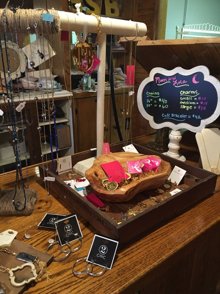 Brick Street Boutique: 34 E Jefferson St, Franklin, IN