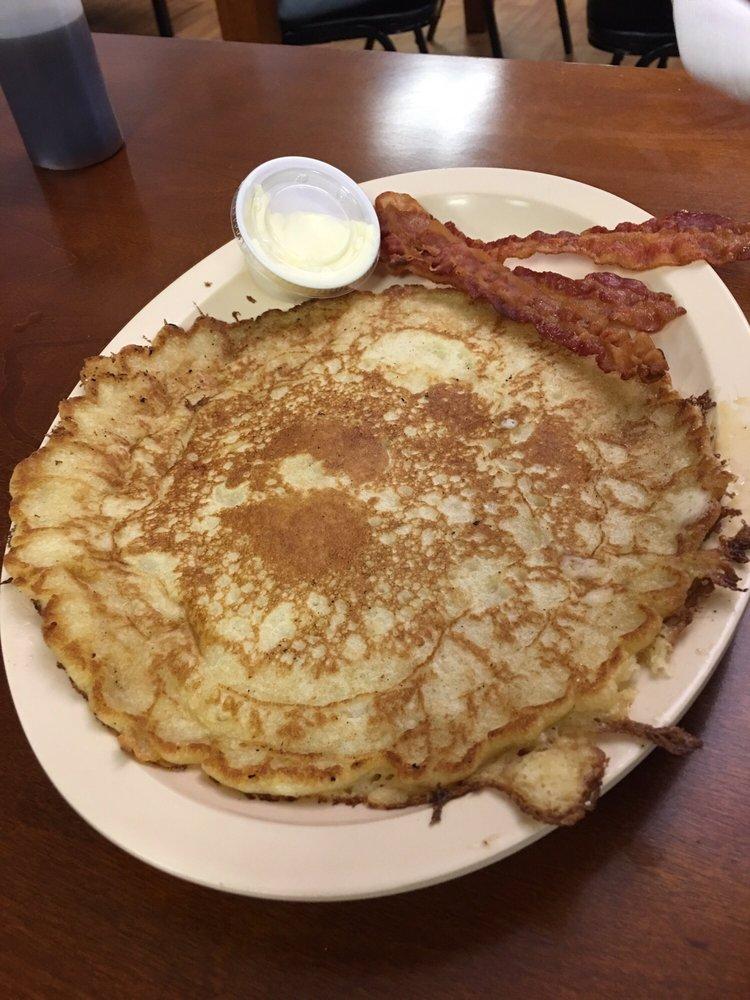 A & J Diner: 108 N Tatum St, Woodbury, TN