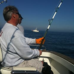Andy lynn charter boat sport fishing b tsport 2 for Fishing charters plymouth ma