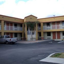 Photo Of Super 8 Usville Kennedy E Center Area Fl United States