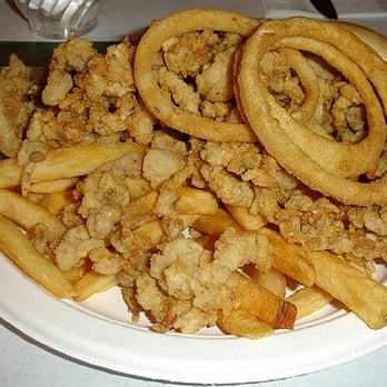 Photo Of Richard S Seafood Restaurant Wells Me United States Whole Clams Dinner