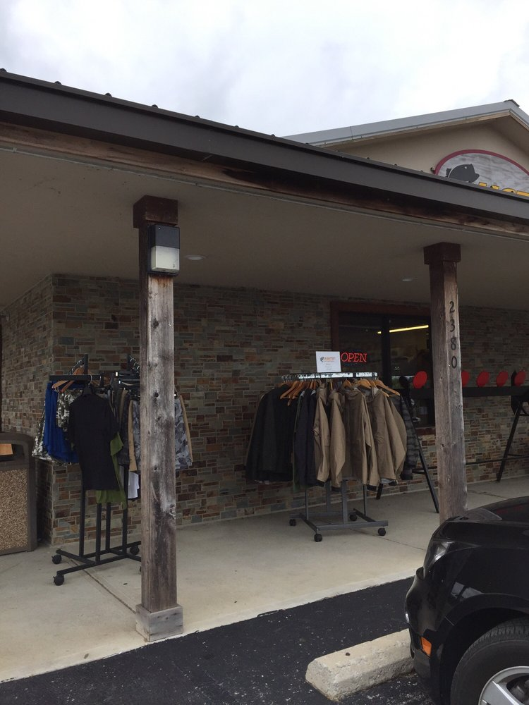 Honey Creek Tackle: 2380 IN-135, Bargersville, IN