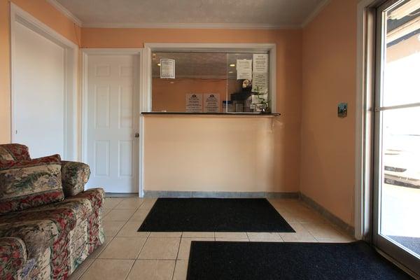 Americas Best Value Inn: 7120 Lankford Hwy, Nassawadox, VA