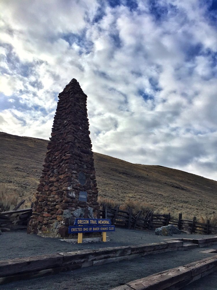 Oregon Trail Memorial: OR-86, Baker City, OR