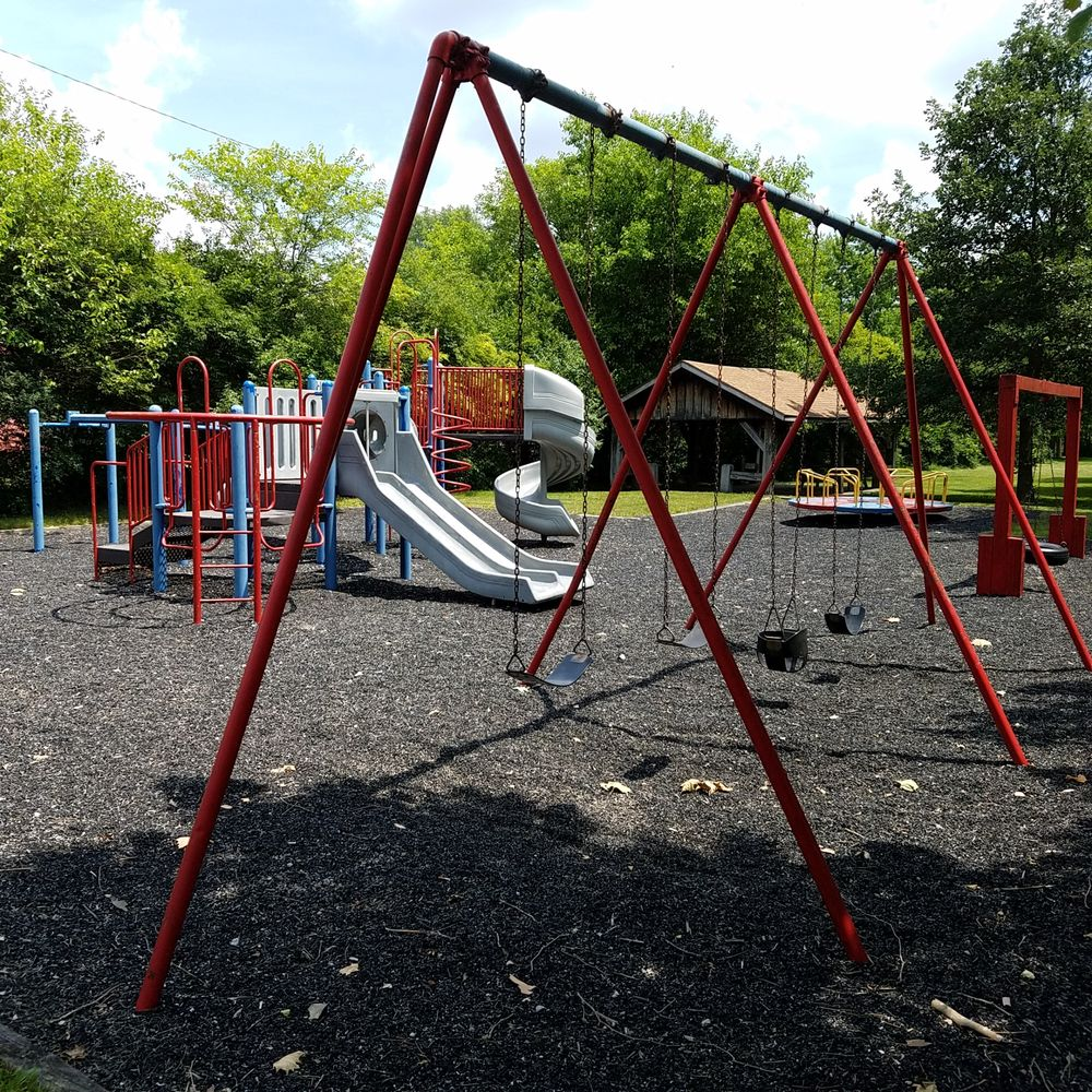 Aultshire Park: 1900-1924 N Watt Ave, Muncie, IN
