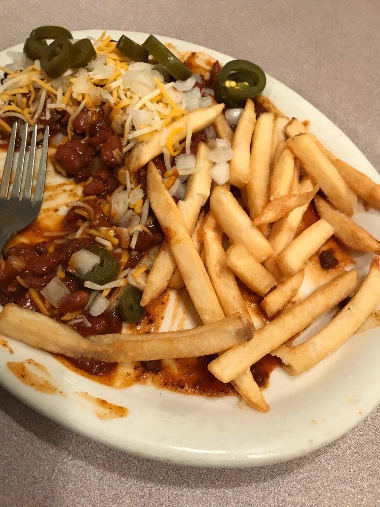 El Capitan Diner: 540 F St, Hawthorne, NV