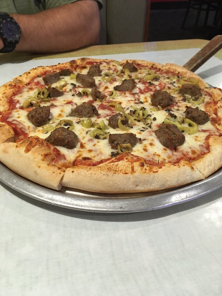JP's Pizzeria and Grille: 15946 State Rt 170, East Liverpool, OH