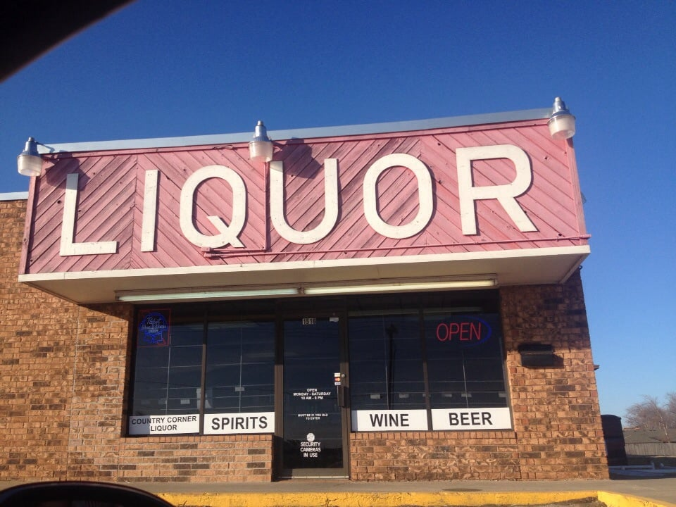 Food from Country Corner Liquor Store