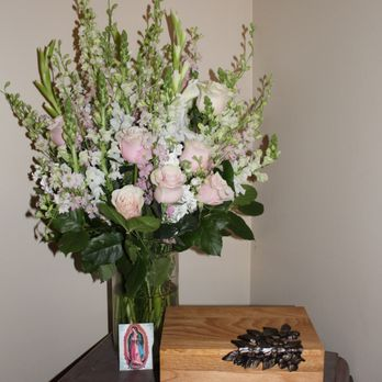White House Florist 354 Photos 105 Reviews Florists 9855