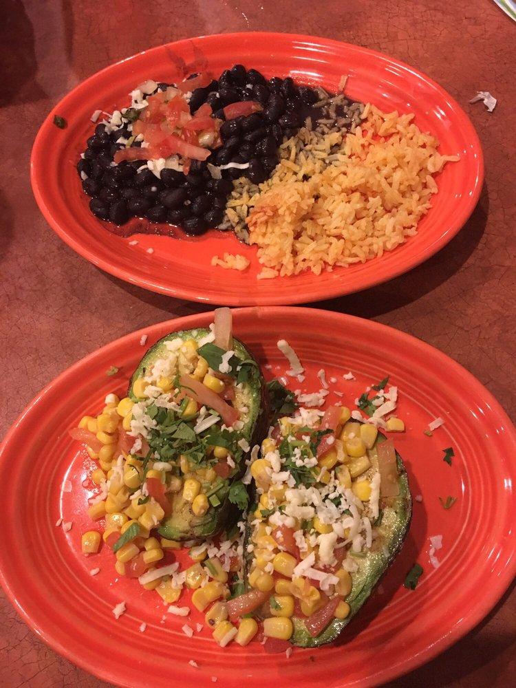 El Toro Mexican Restaurant: 723 S Neil St, Champaign, IL