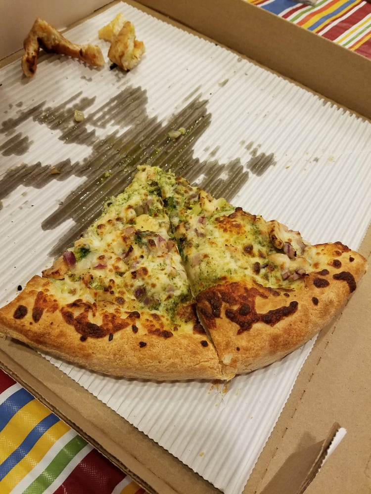 Two Mamas' Gourmet Pizzeria: 221 N Cortez St, Prescott, AZ