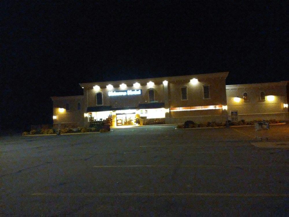 Metamora Foodland: 3889 S Lapeer Rd, Metamora, MI