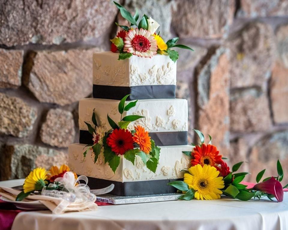 Curtis-C-Cakes: 3504 N Elkridge Trl, Eden, UT
