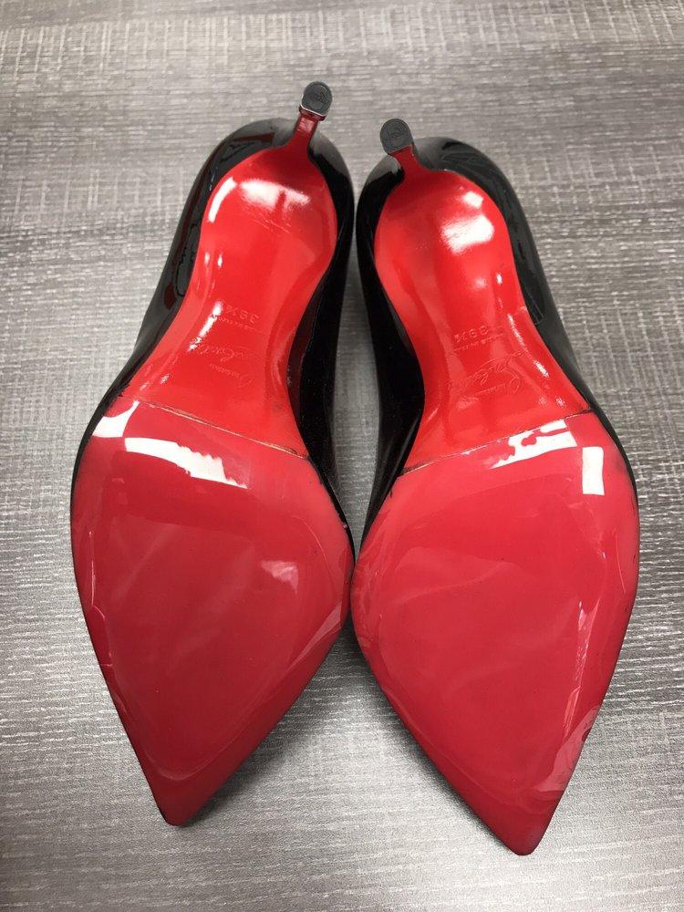 110 Shoe Repair: 585 W Jericho Turnpike, Huntington Station, NY