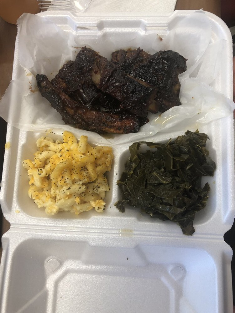 Food from Mama Browns