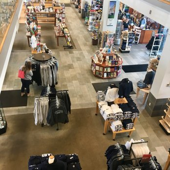 Barnes & Noble - Bookstores - 11451 Euclid Ave, University ...
