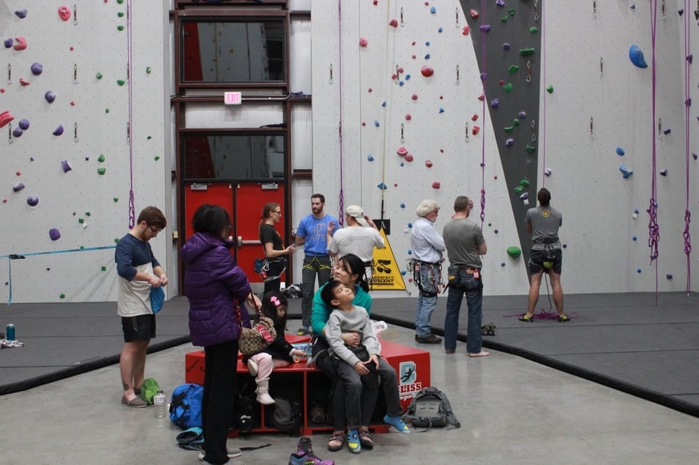 Bliss Climbing and Fitness: 11114 E 28th St N, Wichita, KS