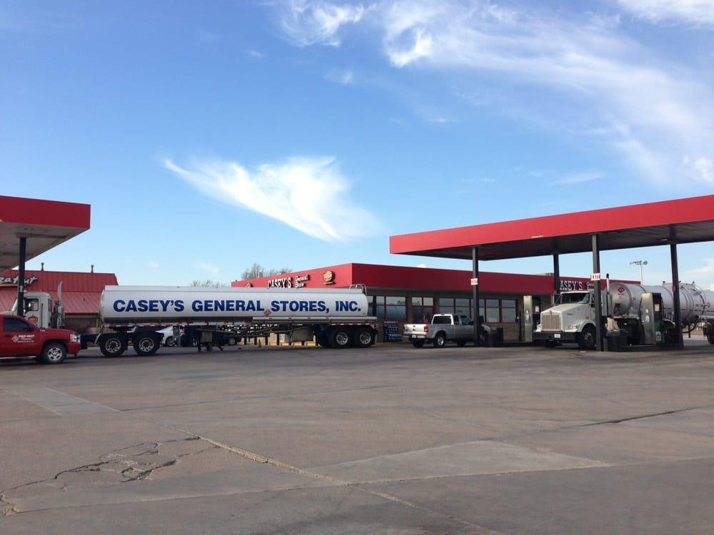 Casey's General Store: 209 S Old US Highway 81, Hesston, KS